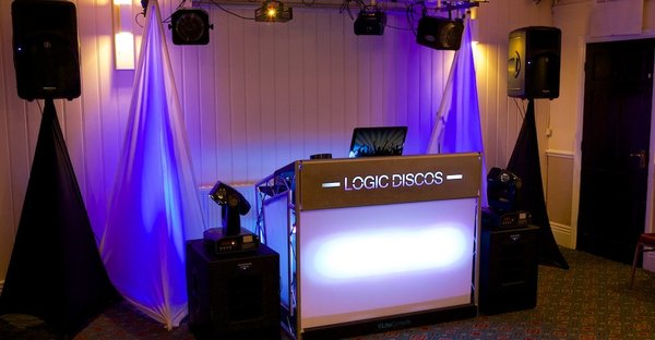 LOGIC DISCOS - Logic Disc is a premium standard mobile disco service covering the whole of the midlands area. Logic Disco is a first choice for corporate events, Weddings, birthday parties, school proms and kids parties. Our DJ's have considerable experience working in night clubs and hotels and the mobile DJ industry.